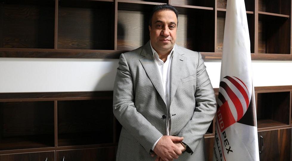 مهرداد اکبریان رئیس انجمن سنگ آهن