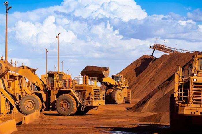 بازار منفی سنگ آهن و سقوط سهام غول های معدنی دنیا